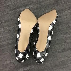 Zara Shoes - Zara Basic checked heels